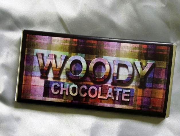 WOODY CHOCOLATE